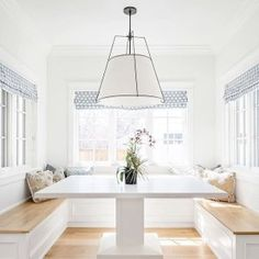56 Super ideas for light wood kitchen table living rooms Style At Home, Plywood Furniture, Hollywood Regency, White Wood Kitchens, Small Kitchens, Dining Room Bench, Dining Nook, Dining Tables, Kitchen Flooring