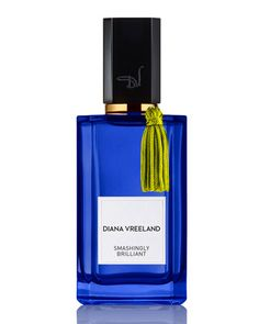 Diane Vreeland Smashingly Brilliant-- freshness of citrus notes with a deep textured background. The burst of Lemon Oil and Calabrian Bergamot Oil is enhanced with aromatic notes of verbena, basil, and juniper berries. A luxurious heart of Geranium Lemon Living creates a bridge to the sensual dry down of suede accord and enveloping woods, offering a trail of mysterious depth and raw elegance.