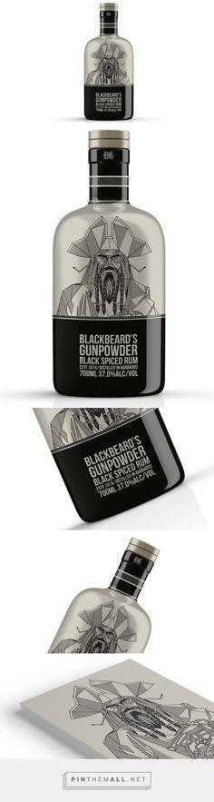 Blackbeard's Gunpowder #Rum #packaging designed by Corn Studio - http://www.packagingoftheworld.com/2015/06/blackbeards-gunpowder-rum.html