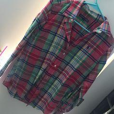 Plaid Ralph Lauren shirt It's never been worn, fits like a medium, perfect for leggings and a scarf!! Ralph Lauren Tops Button Down Shirts