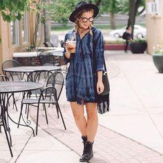 Last night on the blog wearing this simple tie-dye dress from @blackswan_clothing !! ✨ #blackswanclothing - direct link in bio
