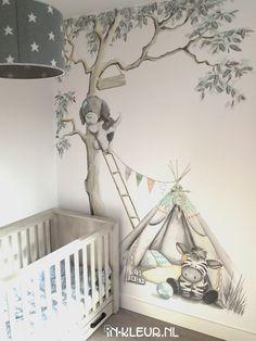 Mural baby room tree teepee indian tent feathers bear www.- Muurschildering babykamer boom tipi indianen tent veertjes beertje www.in-kleur….