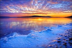 Winter Sunset at Quabbin Reservoir, Massachusetts, New England_ US