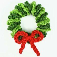 Mini wreath ornament crochet pattern More