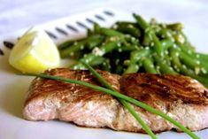Łosoś Teriyaki to bardzo dobra japońska potrawa o nietypowym smaku Sushi, Steak, Steaks, Sushi Rolls