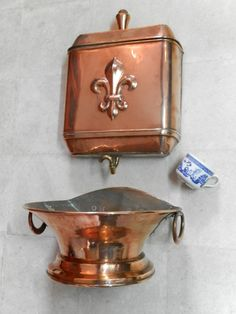 by AngelFrenchAntiques French Antiques, Vintage Antiques, Antique Copper, Brass, Copper Decor, Copper Kitchen, Kettles, Teapots, Decoration