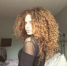 Natural curly hair ♡