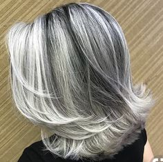 frosted hair for gray hair Grey Hair At 25, Silver Grey Hair, Short Grey Hair, White Hair, Short Hair Over 50, Short Silver Hair, Medium Hair Styles, Short Hair Styles, Grey Hair Styles