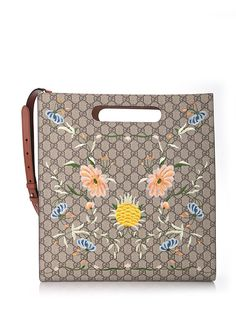 GUCCI Floral Embroidery 'Gucci Shopping'. #gucci #bags #shoulder bags #hand bags #suede #tote #cotton