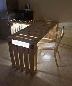 mesa pale iluminada