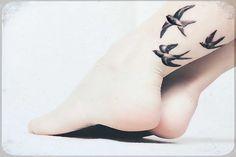 Resultados de la Búsqueda de imágenes de Google de http://data.whicdn.com/images/26448486/tatuaje_art_bird_tattoo_foot-63329ccc2e95378571b4b6cb97b239d8_h_large.jpg
