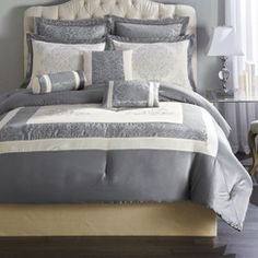 'Nigella' 8-Piece Comforter Set