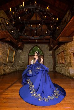 Quinceanera Party Planning – 5 Secrets For Having The Best Mexican Birthday Party Charro Quinceanera Dresses, Pretty Quinceanera Dresses, Quinceanera Party, Prom Dresses, Vestido Charro, Quinceanera Photography, Masquerade Dresses, Girl Dress Patterns, Quince Dresses