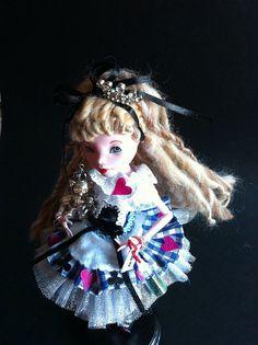 OOAK Lolita Doll By Lantis_Kelly Follow the white