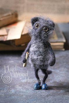 Felted Cat Art Doll Needle Felting Animal Wool Sculpture Miniature Doll Eco-friendly cat figurine Funny Grey Cat