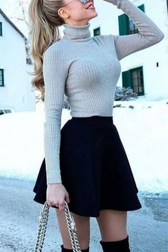 21 Chic Fall Outfit Ideas You Need This Fall - - 21 Chic Fall Outfit Ideas You Need This Fall Source by Cute Skirt Outfits, Cute Casual Outfits, Girly Outfits, Pretty Outfits, Stylish Outfits, School Skirt Outfits, Circle Skirt Outfits, Classy Outfits For Teens, Cute Office Outfits