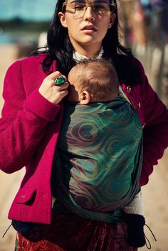 0cf39767194 Artipoppe woven wrap in emerald green. Baby Sling