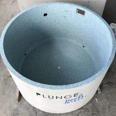 The Estella is the second largest available in our round Plunge Pool range and has the ability to be installed above, semi in ground or fully in ground. Backyard Pool Designs, Small Backyard Pools, Small Pools, Swimming Pool Designs, Stock Pools, Stock Tank Pool, Natural Swimming Pools, Above Ground Swimming Pools, Shipping Container Swimming Pool