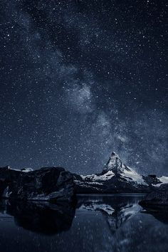 The pale starlight dodges off the edgy peak of mighty Matterhorn #photography #nature #mountains Photo:ThomasW - http://ift.tt/1HQJd81