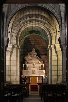 Crypts - Sacre Coeur - Paris | A chapel in the crypt of Sacr… | Flickr