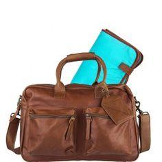 Gezien op beslist.be: Cowboysbag-luiertassen-the diaperbag incl. matje-bruin
