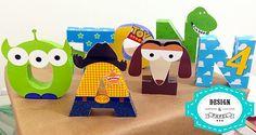 Letras 3D com tema Toy Story produzidas em papel glossy 230g/m². <br> <br>O preço refere-se a cada letra. <br> <br>Fazemos outros temas, consulte-nos!