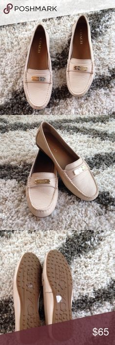 NWT Beige nude Coach Flats Loafers Size 7.5 Love Coach Shoes Flats & Loafers
