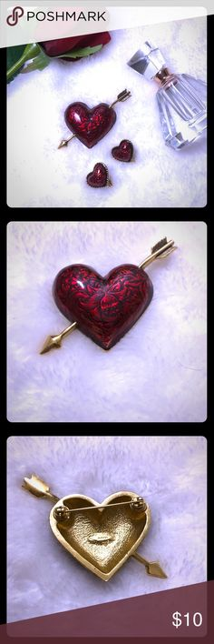❤️NWOT Red And Black Heart Broach with Earrings ❤️AVON NWOT Bought but never worn Red and black heart pin broach Gold trim Red and black heart shaped clip on earrings Avon Jewelry Earrings