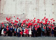 A little props with balloons is great to add a little interesting for a #wedding photo shoot. http://www.weddingshoesblog.com/creative-wedding-poses-for-everyone/