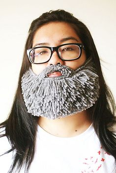 perfect winter version of boyfriends beard hat Crochet For Kids, Knit Crochet, Crochet Hats, Fake Beards, Beard Head, Hipster Beard, Fancy Dress Outfits, Just For Fun, Loom Knitting