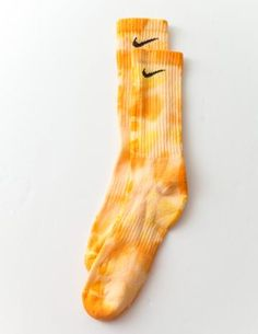 Hand Dyed Socks Made in Los Angeles Nike Elite Socks, Nike Socks, Tie Dye Outfits, Nike Outfits, Crazy Socks, Cool Socks, Tie Dye Socks, Kd Shoes, How To Tie Dye