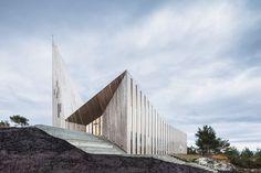 Кнарвик, Норвегия. Церковь. Архитектор: Райульф Рамстад.