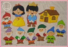 Fantoches para contar a história: Branca de Neve e os 7 Anões -Pedido da Josanira/ OB Felt Crafts, Diy And Crafts, Cot Sheets, Preschool Art, Felt Ornaments, Rapunzel, Art Projects, Kids Rugs, Puppies