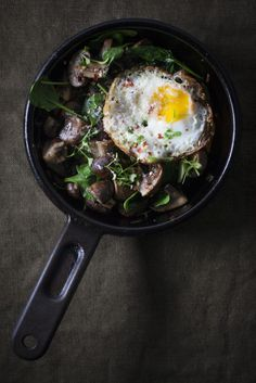 Mushroom + Spinach Hash w Sunny Side Egg-6623