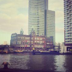 #rotterdam #water #skyscraper Photo: @bibimoes1989