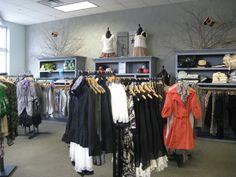 Spoken Boutique, Retail Details blog, Visual Merchandising, store displays