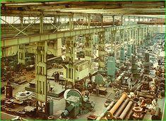William Doxford & Sons, (Engineers) Ltd. Mechanical Workshop, Mechanical Design, Marine Engineering, Industrial Machinery, Naval History, The Old Days, Sunderland, Diesel Engine, Women In History