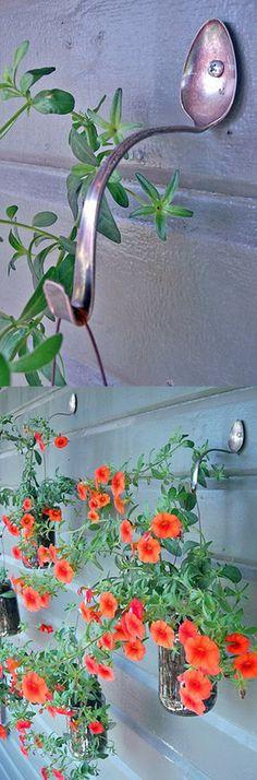 Hacer perchas las cucharas viejas/ Make hangers old spoons #recycle design