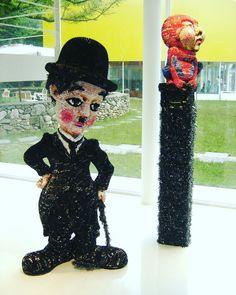 #찰리채플린 #charlie  Chaplin #modern times  85×62×187Cm #스파이더맨 #spiderman  40×40×72Cm  #magazine  #paper  #artwork  #yoo young wun