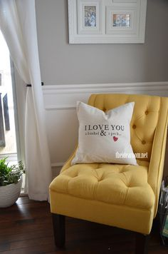 I LOVE you a Bushel & a Peck Pillow pattern and tutorial for your home | theidearoom.net