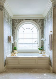 If an elegant master bathroom is on your wish-list, then take a look at this exquisite Georgian-style home. A beautiful view from the window is just the cherry on top when you've got a setting like this. See more Master Bathtub Ideas. - Home Decor Master Bathtub Ideas, Master Bathroom Wallpaper Ideas, Clive Christian Kitchens, Best Kitchen Design, Georgian Style Homes, Arched Windows, Minimalist Bathroom, Suites, Traditional Bathroom