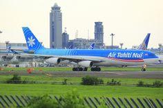 Air Tahiti Nui A340-300 F-OLOV Air Tahiti, Tahiti Nui, South Pacific, Pacific Ocean, Airplane Photography, Cabin Design, Airports, Baby Bumps, Visual Identity