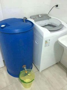 Re-use washing machine water Diy Rangement, Water Collection, Rain Barrel, Water Storage, Earthship, Laundry Room Design, Home Hacks, Home Organization, Home Projects