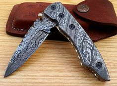 CUSTOM MADE DAMASCUS STEEL FOLDING KNIFE WITH POUCH F-41