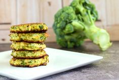 This baked broccoli fritter recipe will make you a die-hard broccoli fan. They… This baked broccoli fritter recipe will make you a die-hard broccoli fan. They're easy to whip up – just blend in a food processor and bake! Get started: Parmesan Broccoli, Broccoli And Cheese, Broccoli Fritters, Almond Flour, Superfood, Diet Recipes, Recipies, Cheddar, Avocado Toast