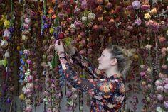 Rebecca Louise Law,piovono fiori | Lancia Trendvisions