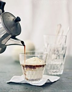 Ice cream and coffee /