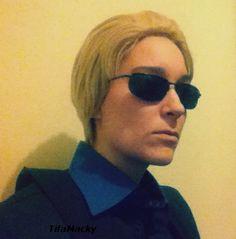 La cosplayeuse TifaMacky en Wesker de Resident Evil version Stars  Découvrez sa page : https://www.facebook.com/tifamacky
