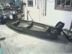 2011 oldtown squarestern canoe w 3.5hp mercury - $1000