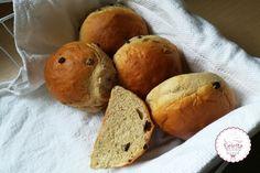 Σταφιδόψωμο με μέλι, συνταγή που θα λατρέψεις- evicita.gr Baby Food Recipes, Sweet Recipes, Muffin, Sweets, Bread, Breakfast, Foods, Cakes, Projects